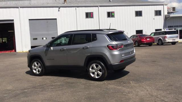 New 2019 JEEP Compass Latitude 4x4